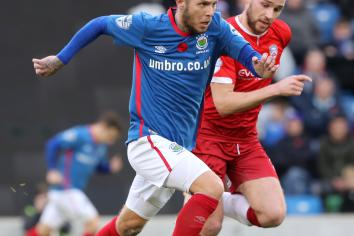 Bannsiders face Blues test at National Stadium