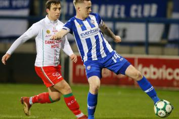Burns back in squad for trip to Seaview