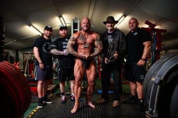 Vauls wins NABBA title