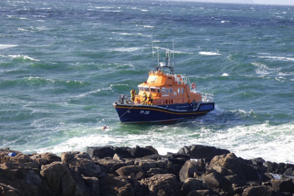 Portrush RNLI rescues teenage boy in Portstewart